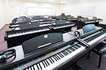 電子ピアノ室